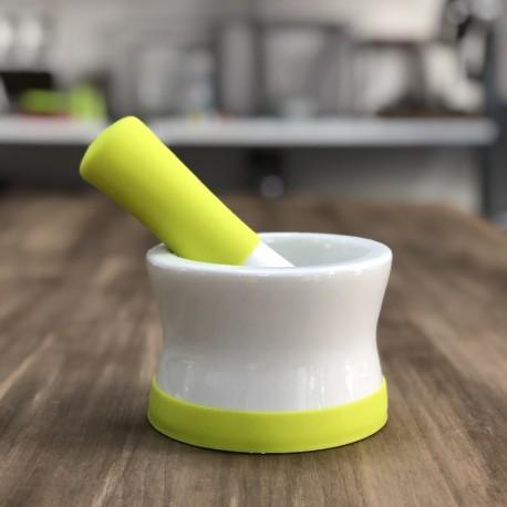 Mortero de porcelana para la cocina