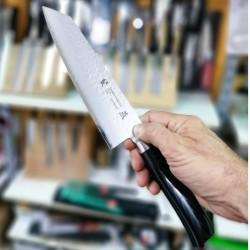 Cuchillo Tamahagane Tsubame Kengata 19 Cms